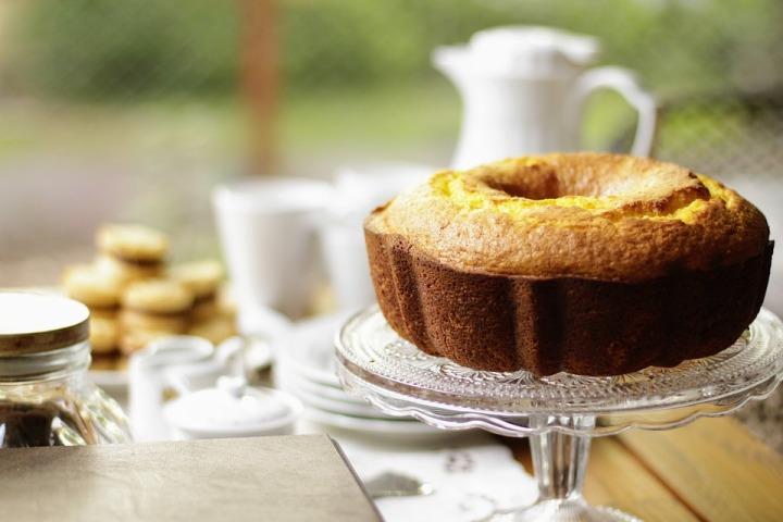 Três bolos saudáveis integrais para o café datarde.